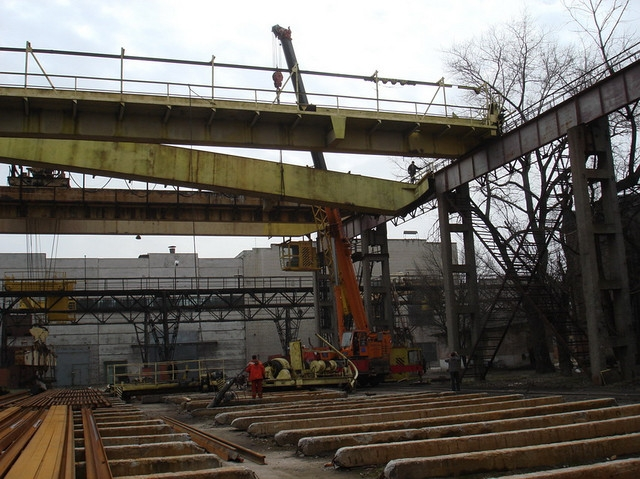 Демонтаж мостового крана